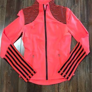 lululemon athletica Jackets & Coats - 🌟Lululemon Forme Jacket $69🌟